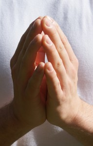 praying hands-750281_1280